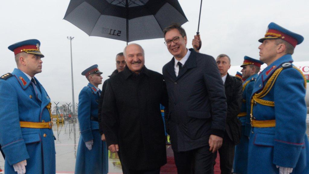 LUKAŠENKO STIGAO U NAŠU ZEMLJU! VUČIĆ: Dobrodošao veliki i iskreni prijatelju Srbije (FOTO)